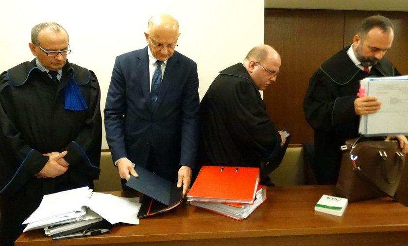 Rozprawa o wygaszenie mandatu prezydentowi Krzysztofowi Żukowi