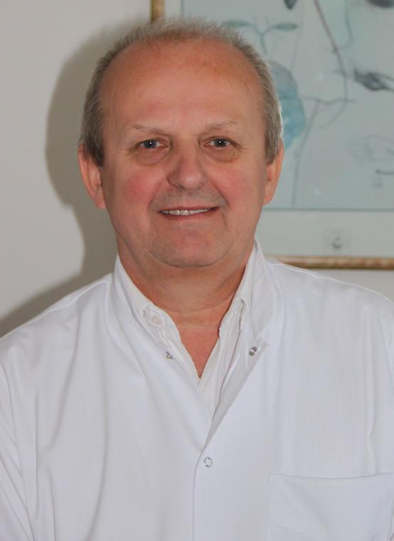 Dr hab. n. med. Bogusław Paradowski