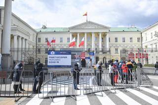 Warszawa: Od 1 do 3 maja w akcji 'Zaszczep się w majówkę' zaszczepiono ok. 3500 osób