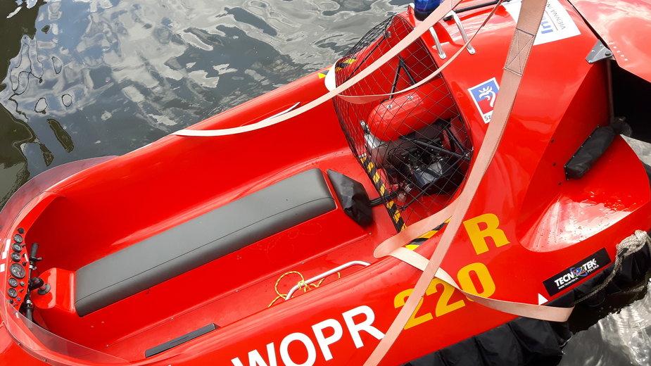 Ratownicy WOPR wyciągnęli z wody dwie osoby
