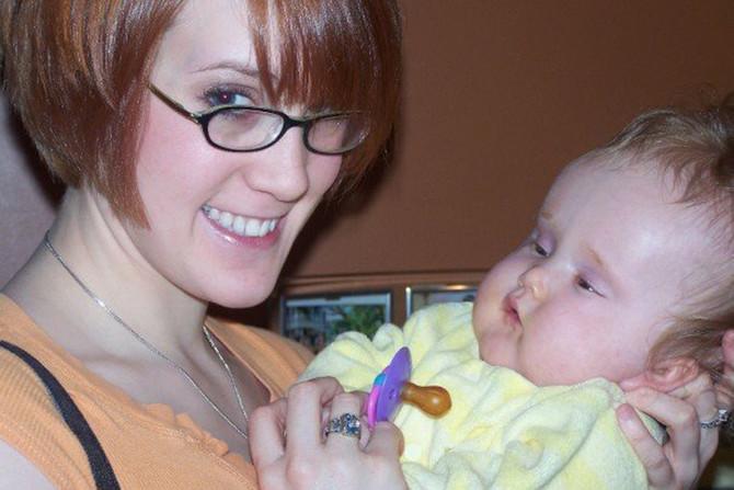 Dina Zirlot i njena ćerka Zoe, 2007. godine