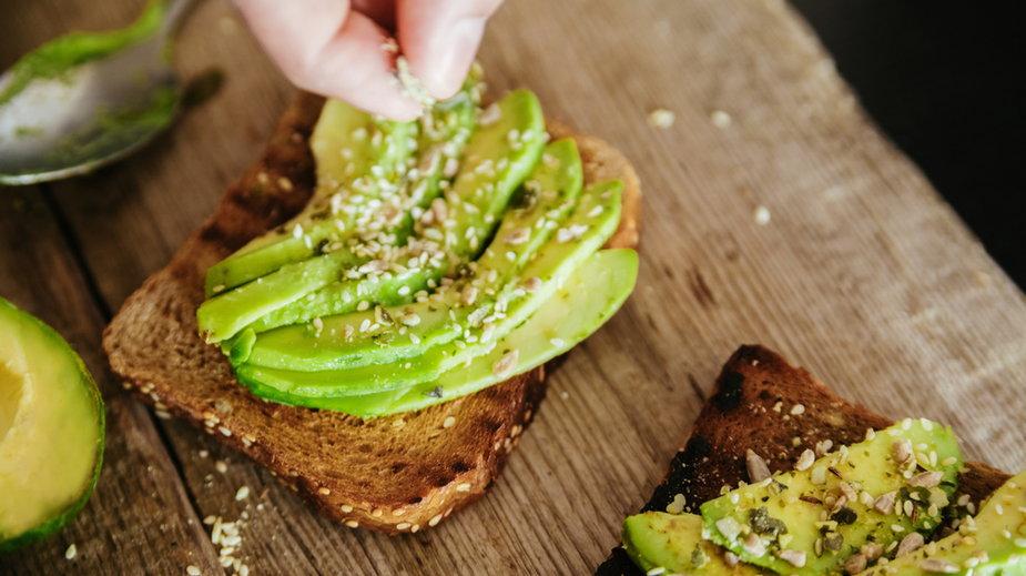 Awokado należy do produktów, które obniżają poziom złego cholesterolu