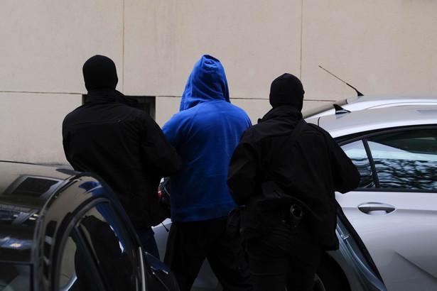 Zatrzymano trzy kolejne osoby w związku ze śledztwem przeciwko byłemu ministrowi transportu Sławomirowi N.