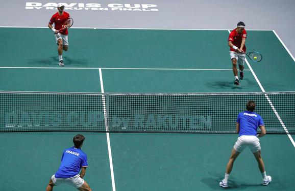 Teniska reprezentacija Japana, Francuske