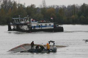 DVE GODINE MISTERIJE NA BRODU Teretnjak potonuo na Dunavu, porodica kapetana još NE ZNA ŠTA JE S NJIM, ni ko je kriv za UŽAS