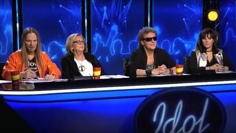 """Jury """"Idola"""" w jednym z odcinków programu"""