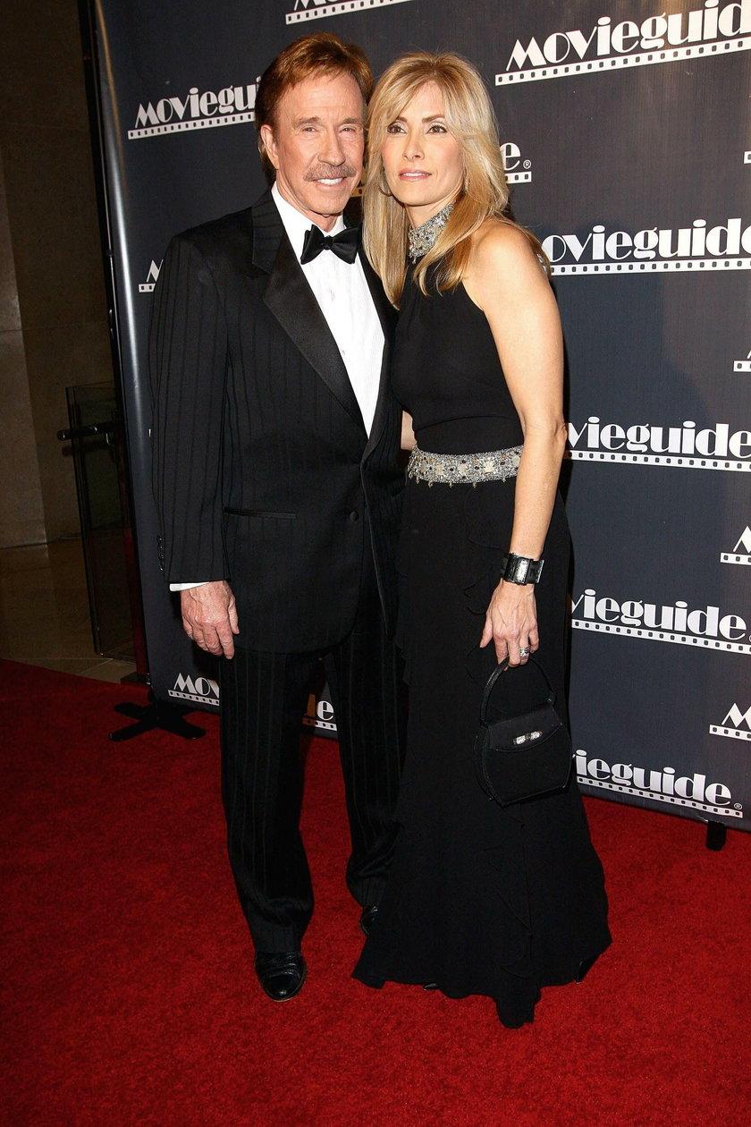 Odszkodowanie ma pokryć leczenie żony Chucka Norrisa