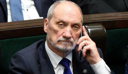 Macierewicz chciał zastraszyć znanego dziennikarza?
