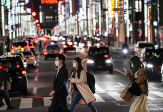 Koronawirus w Japonii. Ponad 10 tys. zakażeń, premier apeluje o pozostanie w domach