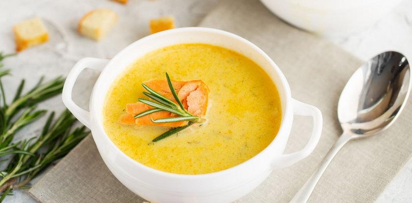 Rozgrzewające i sycące zupy. Te przepisy zaskoczą