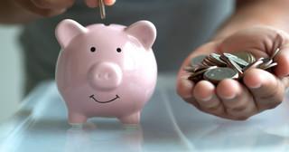 Wybrać IKE czy ZUS? Od opłaty za transfer środków i tak nie uciekniemy