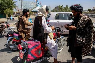 G7 zapewnia o wsparciu Afgańczyków, ale USA nie zmieniły daty wyjścia z Kabulu