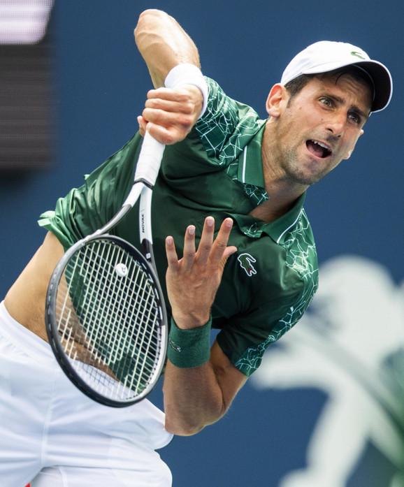 Novak Đoković tokom 1. kola Rodžers kupa