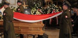 Zdjęcia z pogrzebu Oleksego. Gronkiewicz płakała w kościele...