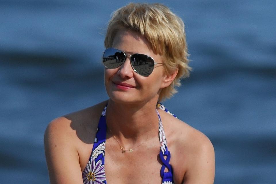 Na Planie Rodzinka Serialu W Bikini Małgorzata Kożuchowska pl Aktorka EIHD2W9