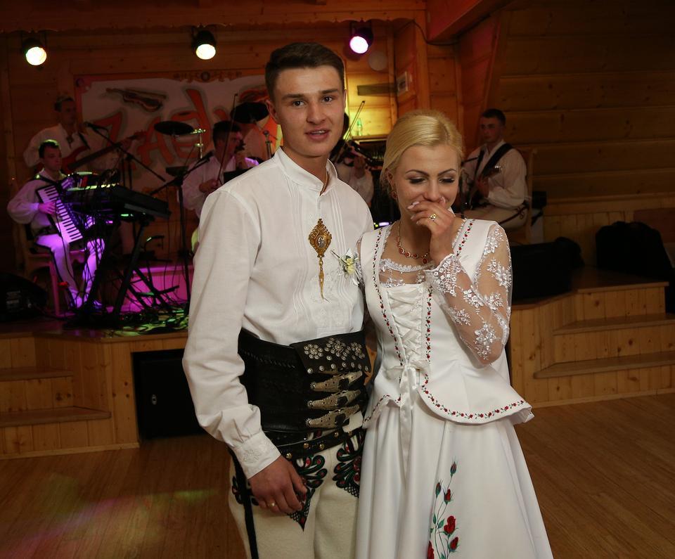 Huczny ślub Klemensa Murańki Impreza Roku Na Podhalu