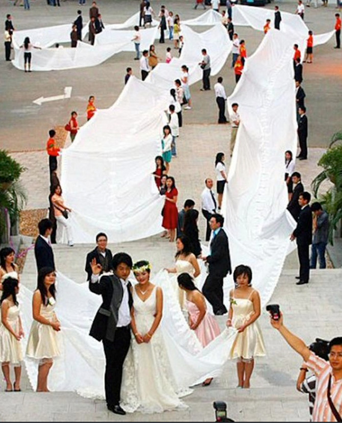 Njena venčanica je obišla svet