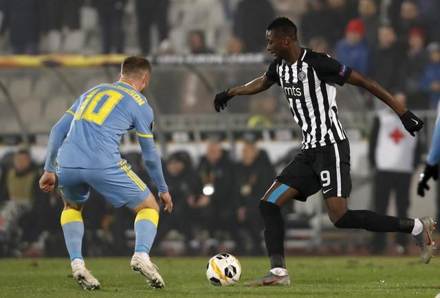 Umar Sadik na meču FK Partizan - Astana