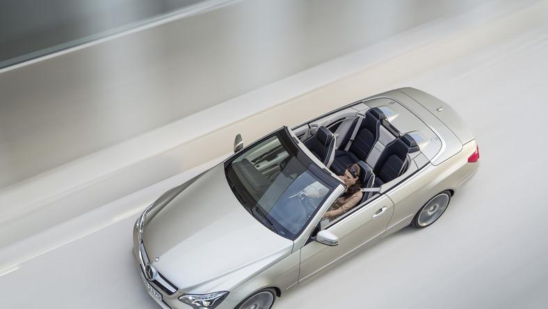W coupe i cabrio smaczkiem są, tradycyjne już, niezakłócone przez środkowy słupek boczne szyby, które mogą zostać w pełni opuszczone
