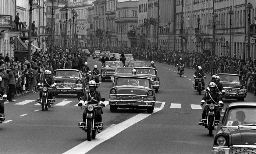 Przejazd Richarda Nixona ulicą Nowy Świat