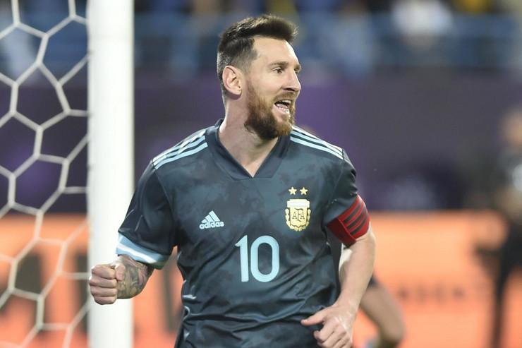 Fudbalska reprezentacija Argentine, Brazila