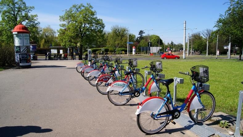 Stojaki rowerowe w Toruniu