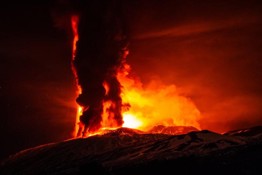 Krater Voragine
