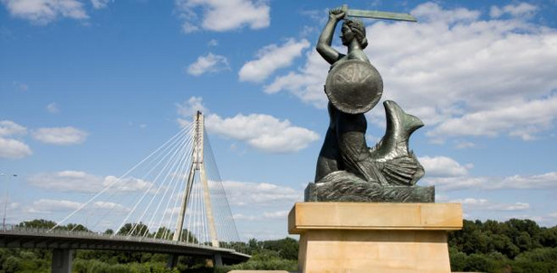 Pomnik Syrenki Jeden z najbardziej charakterystycznych symboli Warszawy. Znajduje się tuż przy Wiśle, w okolicy Mostu Świętokrzyskiego.