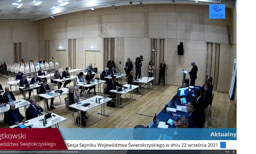 Radni sejmiku woj. świętokrzyskiego jako pierwsi w Polsce uchylili tzw. uchwałę antyLGBT.
