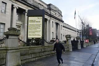 Irlandia spodziewa się wzrostu liczby zakażonych. Do końca miesiąca do 15 tys.