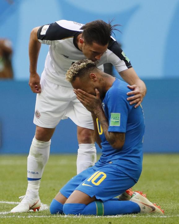 Nejmaru je prišao defanzivac Kostarike Brajan Ovijedo