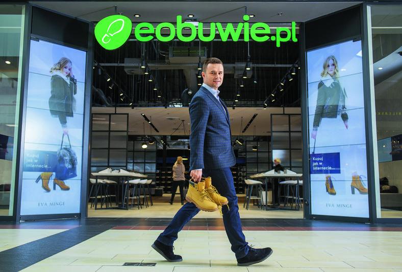 Marcin Grzymkowski, eobuwie