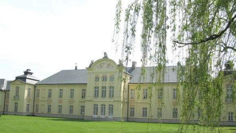 Stare zabytkowe korytarze, które rozpoczynają się przy pałacu, mogą stać się turystyczną atrakcją. Fot. archiwum / dziennikwschodni.pl