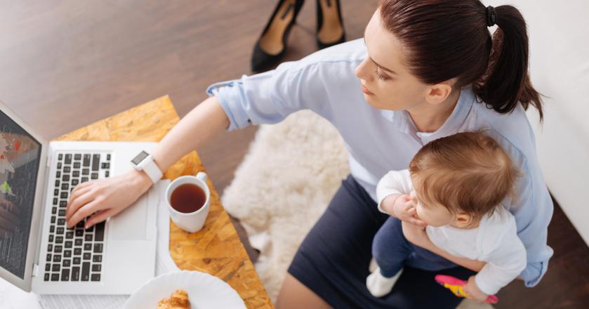 1000 zł na dziecko przysługuje rodzicom od 1 stycznia 2016 roku