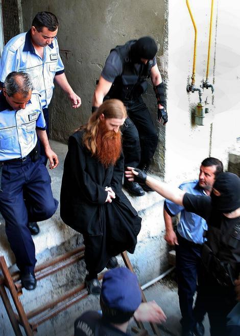 Meštani nisu dozvolili svešteniku da podigne manastir
