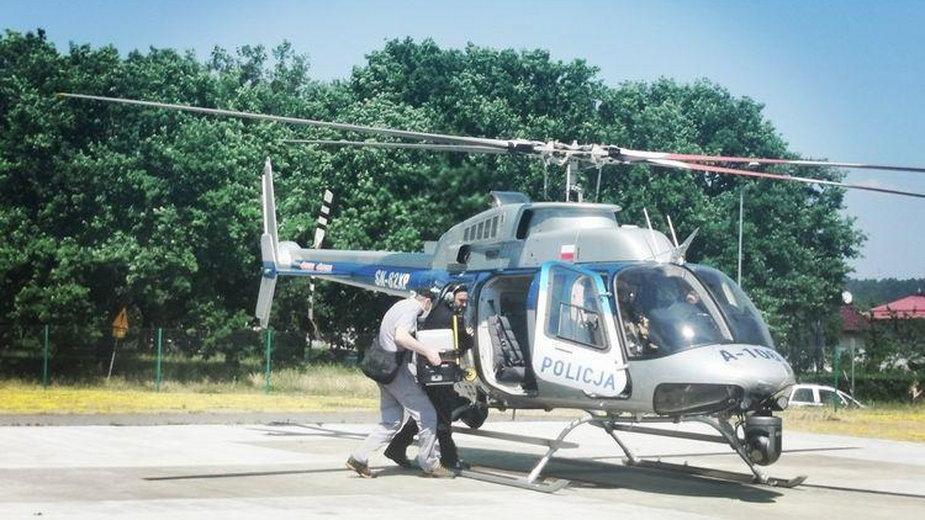 Transport policyjnym śmigłowcem