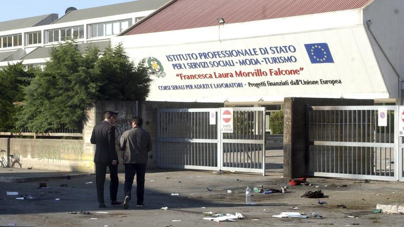 Wybuch przed szkołą w Brindisi