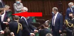 Rękoczyny w Sejmie! Popchnął posła i mówi o obrażaniu matki