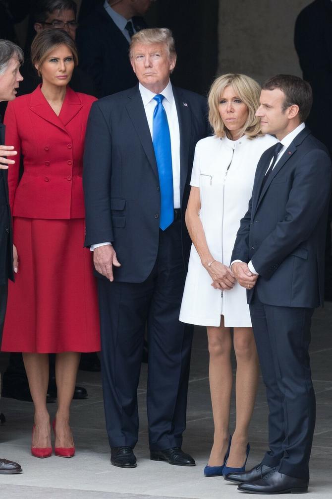 Melanija i Donlad Tramp sa predsednikom Francuske Emanuelom Makronom i njegovom suprugom Brižit Makron 14.jula ove godine u Parizu
