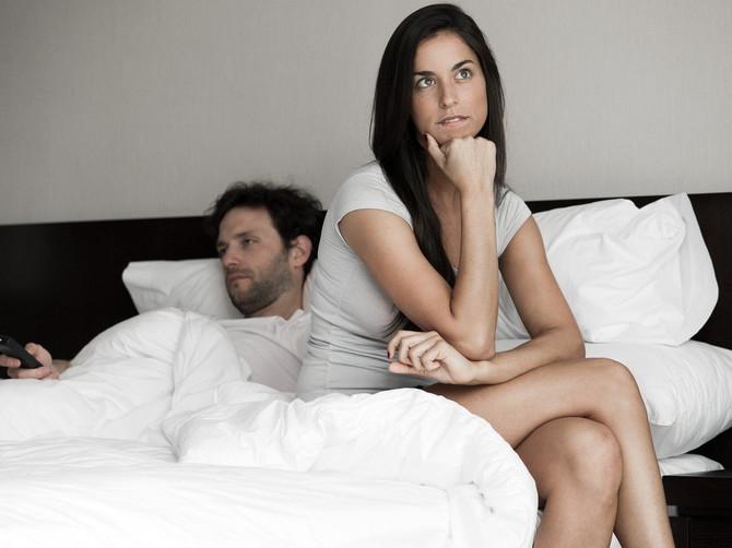 U braku sam 10 godina, sa mužem redovno vodim ljubav, ali jedna stvar me muči. Nikada mi NIJE REKAO da sam lepa