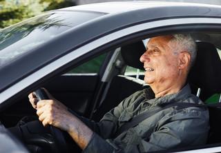 Od jesieni kierowcy nie będą musieli mieć przy sobie dowodu rejestracyjnego i OC?