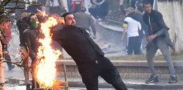 Algieria. Starcia uliczne z policją. 182 osoby ranne