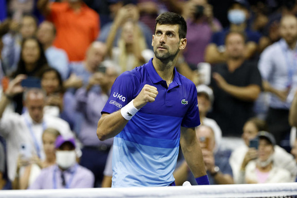 ĐOKOVIĆ NASTAVLJA DA POMERA GRANICE! Novak ne mari za godine, ispisao je još rekord koji će teško biti oboren - bolji je od Nadala i Federera zajedno!