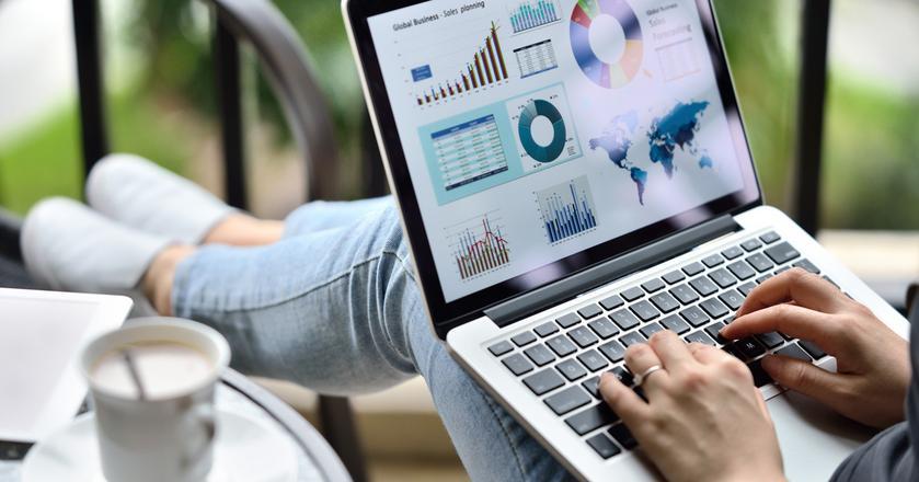 Analitycy biznesowi mogą liczyć na stabilne zatrudnienie