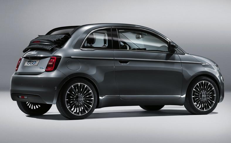 Nowy Fiat 500 urósł w porównaniu do starszego modelu. Stał się dłuższy 60 mm do 3631 mm, szerszy o 60 mm do 1687 mm i wyższy o 20 mm do 1508 mm. Rozstaw osi rozciągnięto o 20 mm i teraz wynosi 2320 mm