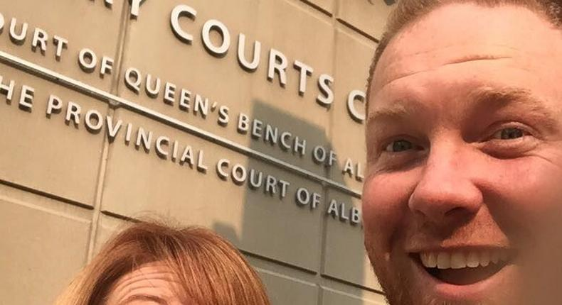 The couple who had been together for 11 years, posted a photo of them smiling together after they had officially filed for divorce which made social media go into a frenzy as it was been shared thousands of times