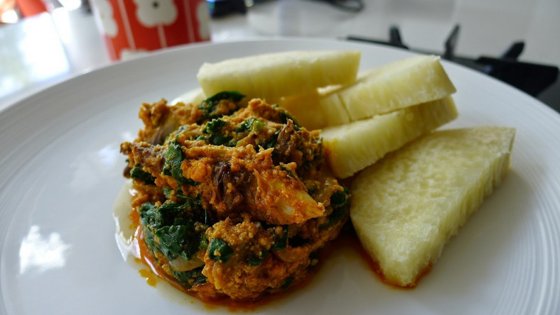 Kontomire stew and boiled yam