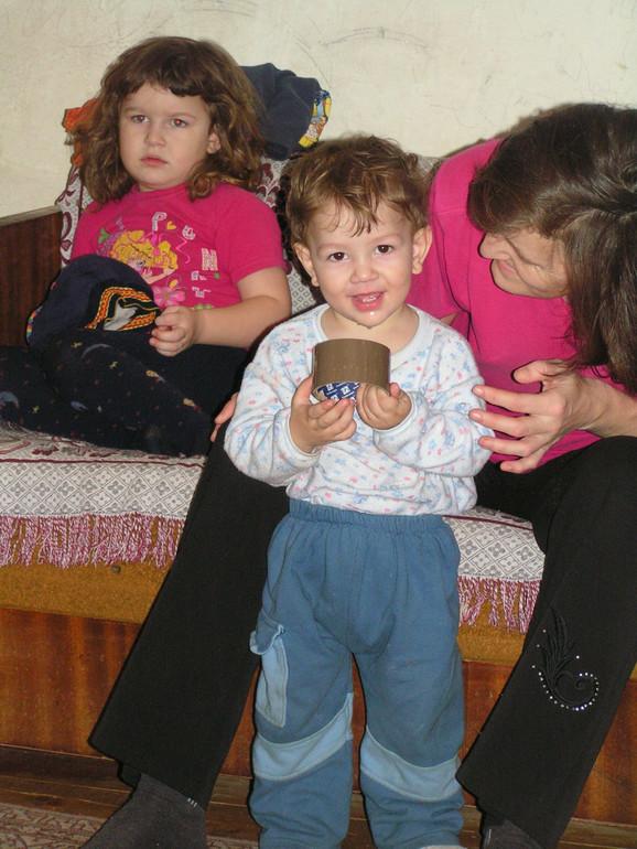 Najmlađi čeznu za igračkama: Danka i Darko