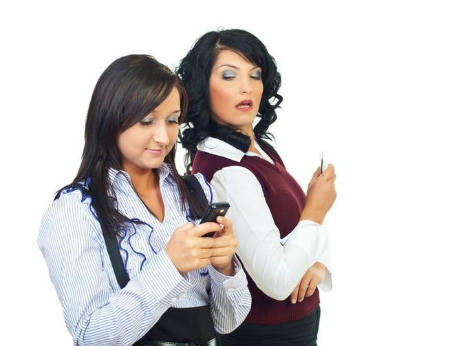 """Šta sve mame pišu u Viber grupama: Od """"duše male medene"""", pa tako 43 puta, do otvorenog napada na vaspitačice i učiteljice"""