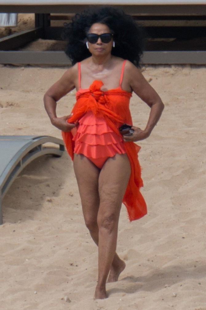 Dajana Ros na plaži